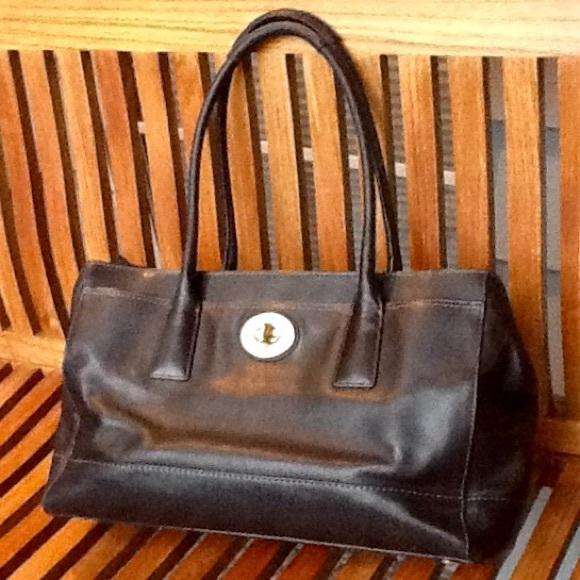 88d4609d96a9 Coach Handbags - Coach No M0773-11555 large leather satchel handbag